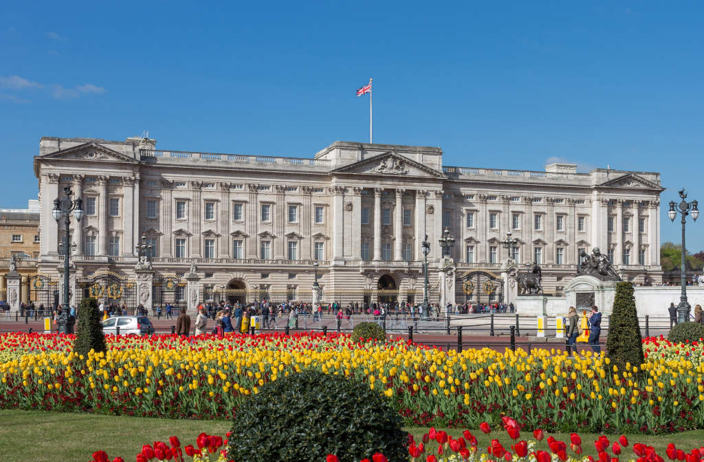 Buckingham Palace - One of the best things to do in London
